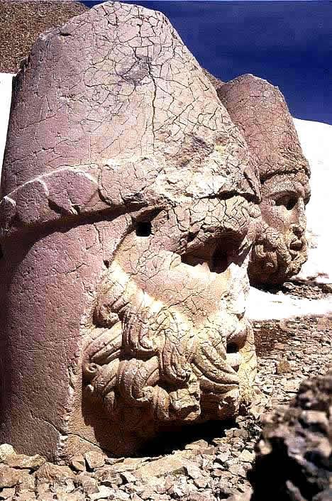 تمثال نمرود
