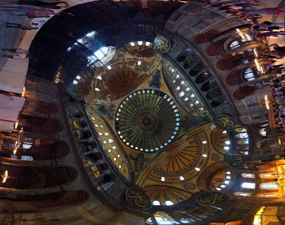 Hagia_Sophia_Interior_Panorama