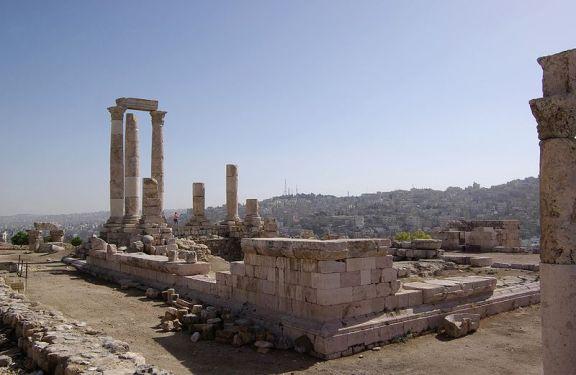 800px-Amman_BW_5